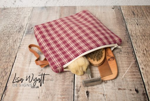 Checkered Wash Bag With Leather Handle